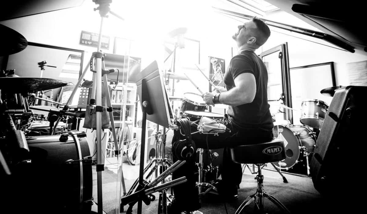 Roberto Pirami, fondatore della Scuola di Batteria Free Drumming Studio - Roma - Pigneto